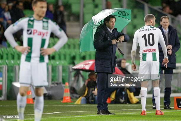 coach Ernest Faber of FC Groningen Mimoun Mahi of FC Groningen during the Dutch Eredivisie match between FC Groningen v Willem II at the Noordlease...