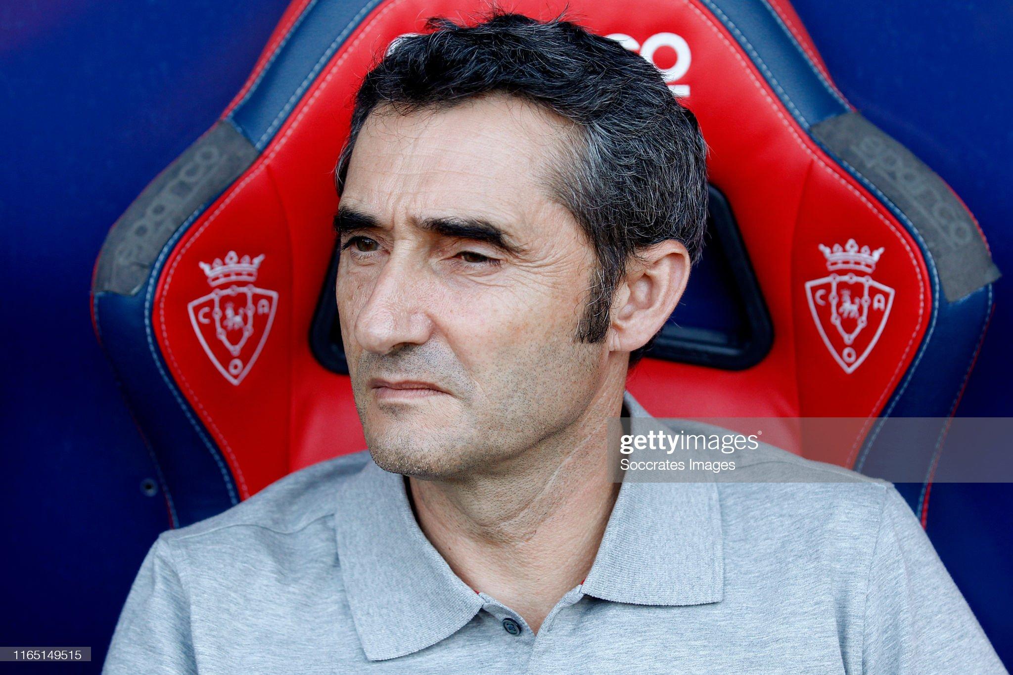صور مباراة : أوساسونا - برشلونة 2-2 ( 31-08-2019 )  Coach-ernesto-valverde-of-fc-barcelona-during-the-la-liga-santander-picture-id1165149515?s=2048x2048