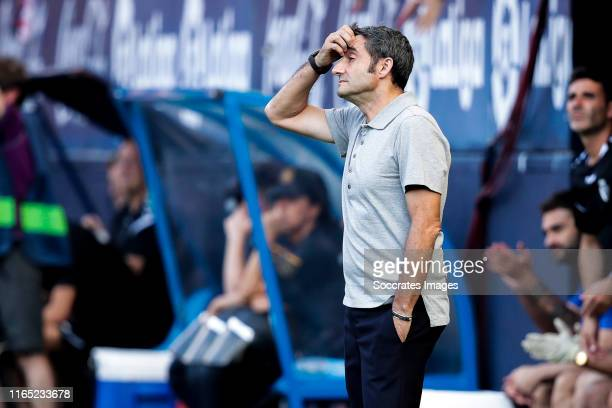 coach Ernesto Valverde of FC Barcelona during the La Liga Santander match between Osasuna v FC Barcelona at the Estadio El Sadar on August 31 2019 in...
