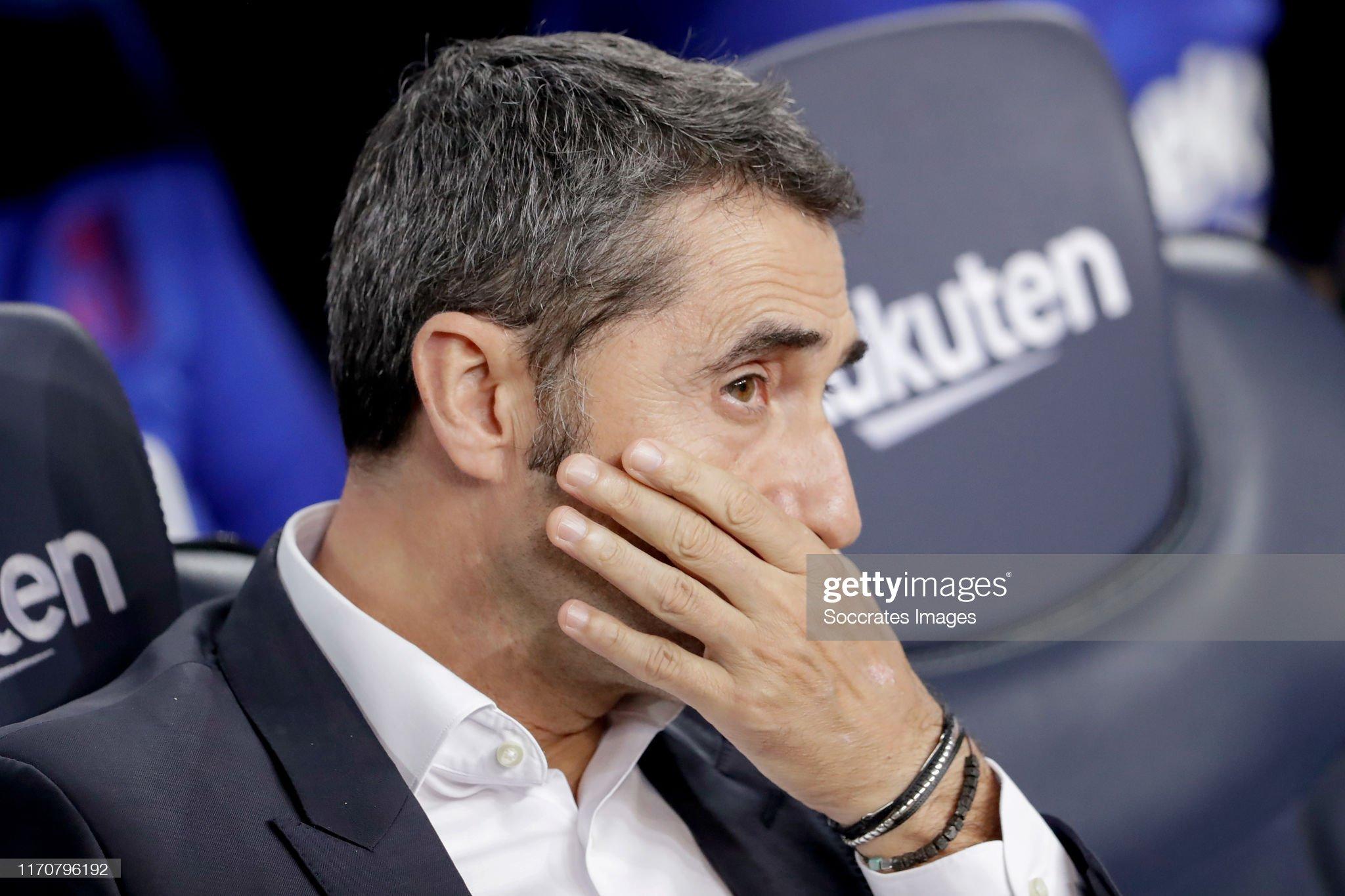 صور مباراة : برشلونة - فياريال 2-1 ( 24-09-2019 )  Coach-ernesto-valverde-of-fc-barcelona-during-the-la-liga-santander-picture-id1170796192?s=2048x2048