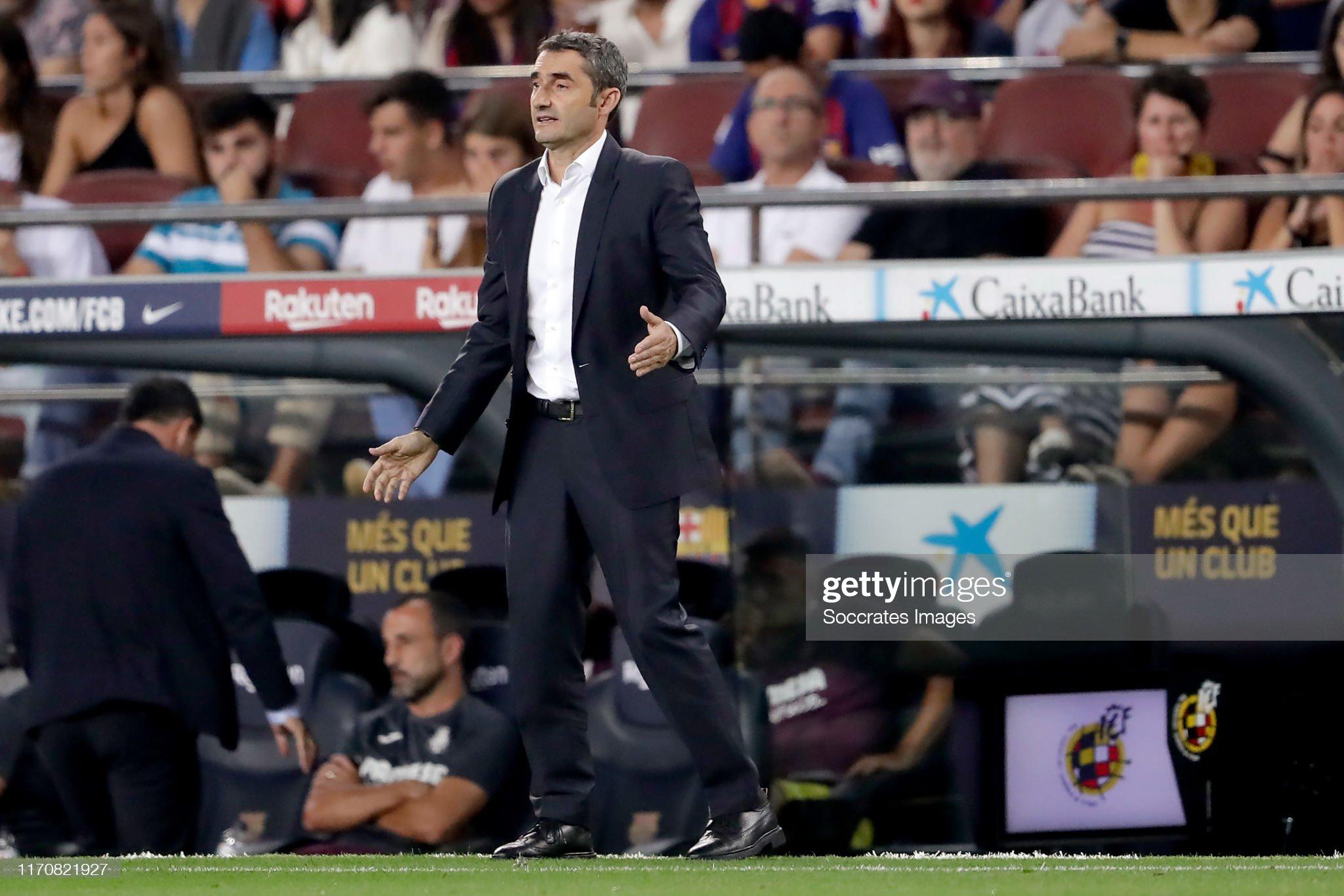 صور مباراة : برشلونة - فياريال 2-1 ( 24-09-2019 )  Coach-ernesto-valverde-of-fc-barcelona-during-the-la-liga-santander-picture-id1170821927?s=2048x2048