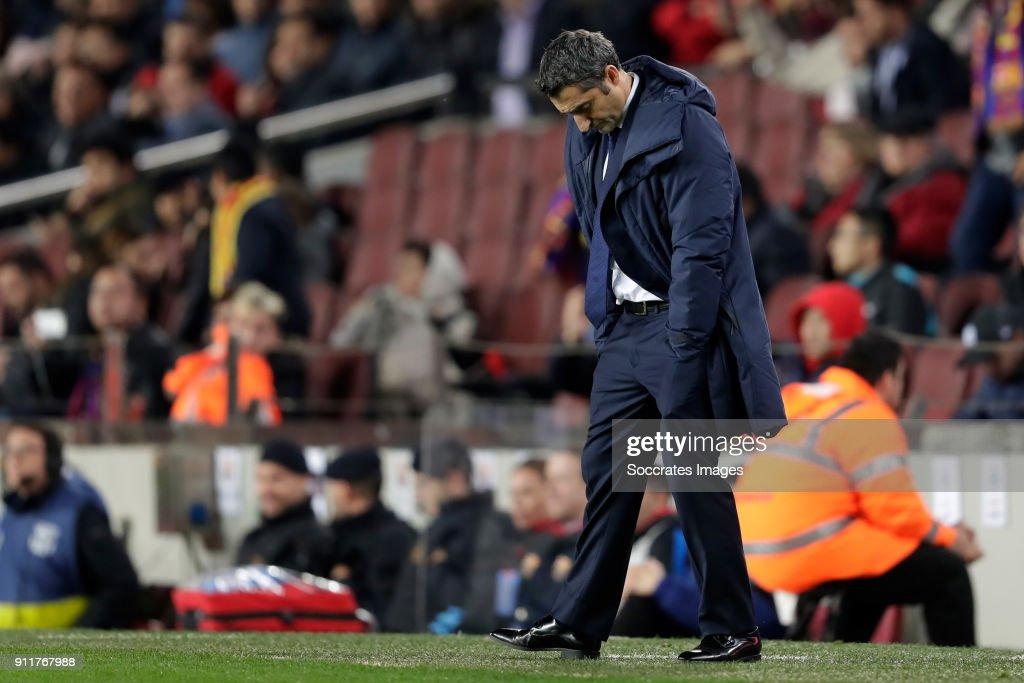 FC Barcelona v Deportivo Alaves - La Liga Santander : News Photo