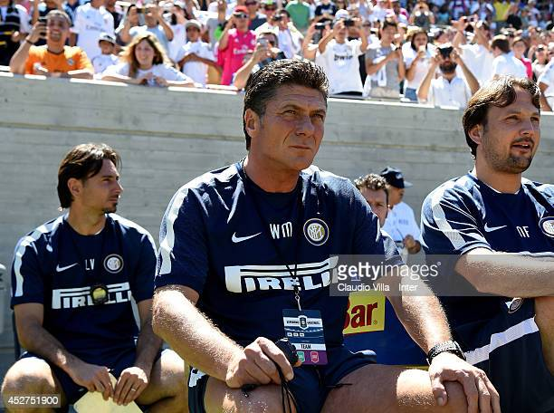 Coach FC Inter Milan Walter Mazzarri looks on during the match between FC Internazionale and Real Madrid at California Memorial Stadium on July 26...