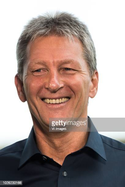 coach Frank Wormuth of Heracles Almelo during the Dutch Eredivisie match between Heracles Almelo and AZ Alkmaar at Polman stadium on September 02...