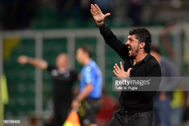 Coach Gennaro Gattuso of Palermo issues instructions during the Serie B match between US Citta di Palermo and AC Cesena at Stadio Renzo Barbera on...