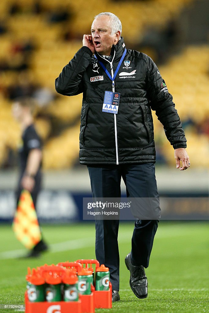 Coach Graham Arnold of Sydney FC talks to his players from the sideline during the round three A-League match between the Wellington Phoenix and Sydney FC at Westpac Stadium on October 23, 2016 in Wellington, New Zealand.