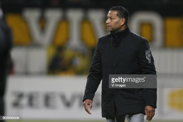 coach Henk Fraser of Vitesse during the Dutch Eredivisie match between Sparta Rotterdam and Vitesse Arnhem at the Sparta stadium Het Kasteel on...