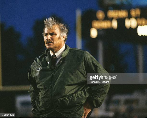 Coach Howard Schnellenberger of the University of Miami Hurricanes during a game against the Penn State Nittany Lions in November 1981 in Miami...
