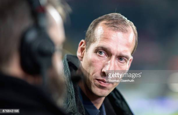 Coach Jeff Strasser of Kaiserslautern reacts prior the Second Bundesliga match between SG Dynamo Dresden and 1 FC Kaiserslautern at DDVStadion on...