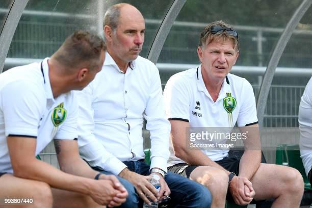 coach John Blok of Scheveningen coach Alfons Groenendijk of ADO Den Haag during the match between Scheveningen v ADO Den Haag at the Sportpark...