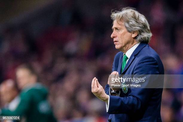 Coach Jorge Jesus of Sporting CP gestures during the UEFA Europa League quarter final leg one match between Atletico Madrid and Sporting CP at Wanda...