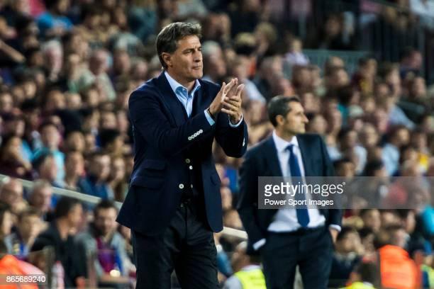 Coach Jose Miguel Gonzalez Martin del Campo Michel of Malaga CF reacts during the La Liga 201718 match between FC Barcelona and Malaga CF at Camp Nou...
