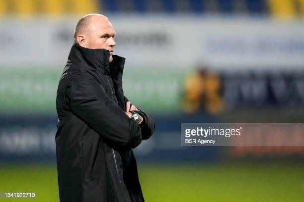 Coach Joseph Oosting of RKC Waalwijk looks on during the Dutch Eredivisie match between RKC Waalwijk and Willem II at Mandemakers Stadion on...