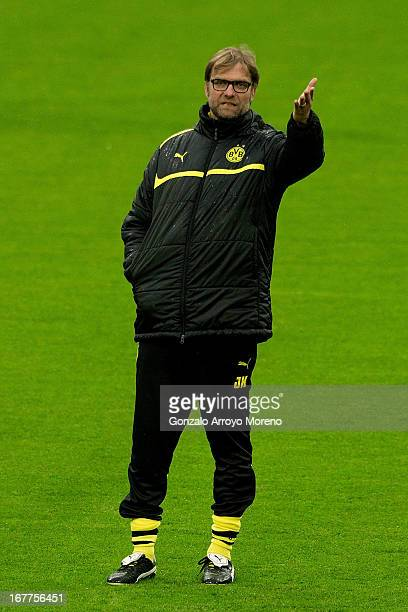 Coach Jurgen Klopp of Borussia Dortmund gives instructions to his team during a training session ahead of the UEFA Champions League semifinal second...