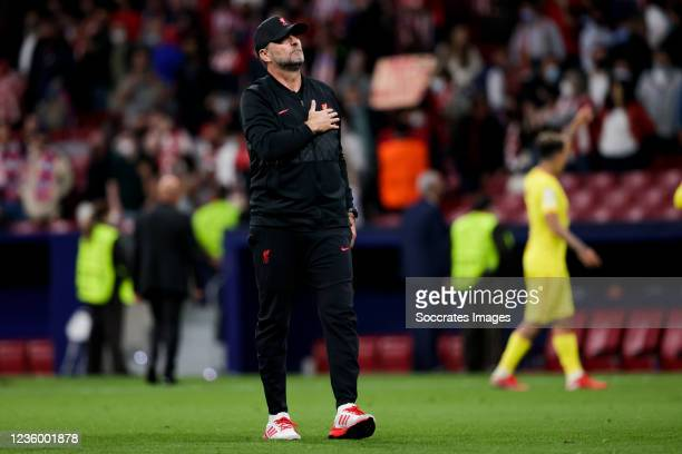 Coach Jurgen Klopp of Liverpool FC celebrate the victory during the UEFA Champions League match between Atletico Madrid v Liverpool at the Estadio...