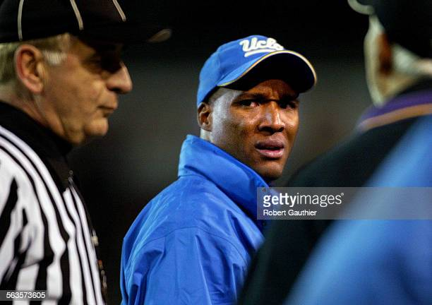 UCLA coach Karl Dorrell flashes a nasty look at an official at the end of the second quarter against Fresno State at the Silicon Valley Classic in...