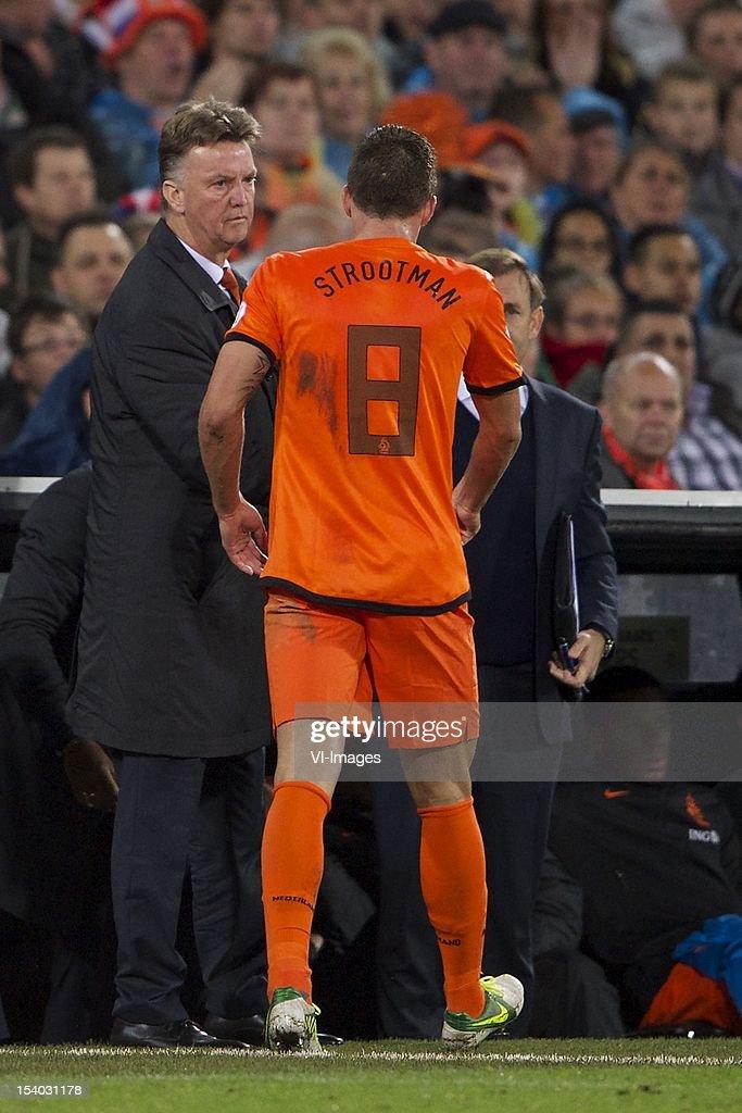 World Cup qualifier - Holland v Andorra : News Photo