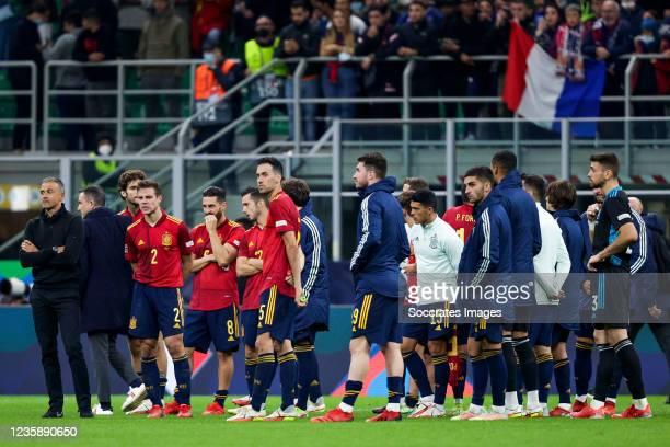 Coach Luis Enrique of Spain, Marcos Alonso of Spain, Cesar Azpilicueta of Spain, Koke Resurreccion of Spain, Pablo Sarabia of Spain, Sergio Busquets...