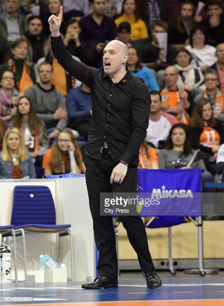 coach Luke Reynolds of the Berlin Recycling Volleys during the game between the Berlin Recycling Volleys and the SWD powervolleys Dueren on january...