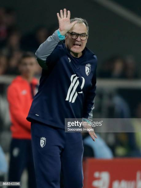 coach Marcelo Bielsa of Lille during the French League 1 match between Lille v Olympique Marseille at the Stade Pierre Mauroy on October 29 2017 in...