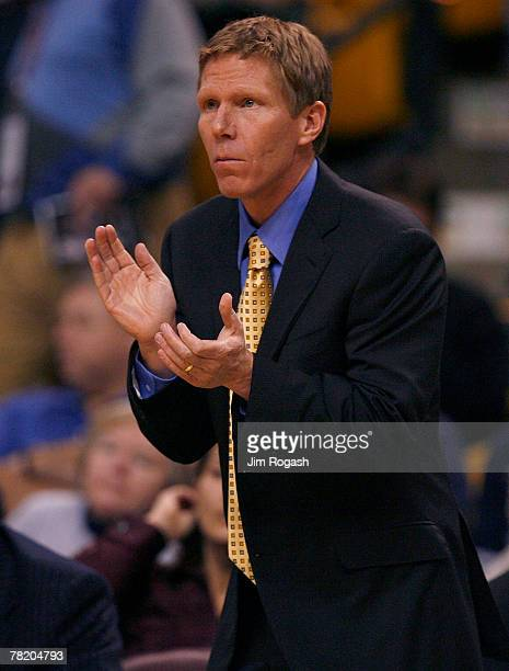 Coach Mark Few of the Gonzaga Bulldogs gestures during a game against the Connecticut Huskies during Game 1 of the Hartford Hall of Fame Showcase at...
