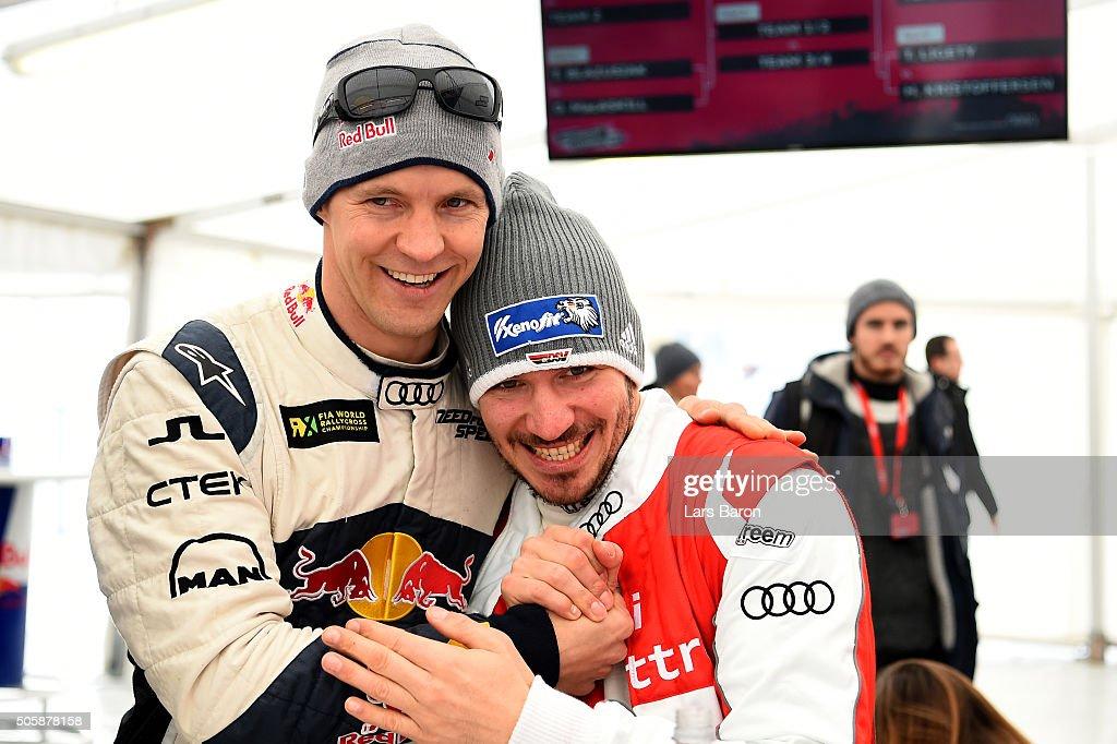 Coach Mattias Ekstroem hughs Felix Neureuther during the final day of the Audi Quattro #SuperQ on January 20, 2016 in Kitzbuehel, Austria.