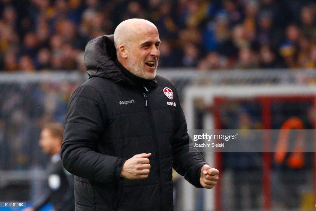 Coach Michael Frontzeck of Kaiserslautern celebrate after the Second Bundesliga match between Eintracht Braunschweig and 1. FC Kaiserslautern at Eintracht Stadion on February 4, 2018 in Braunschweig, Germany.
