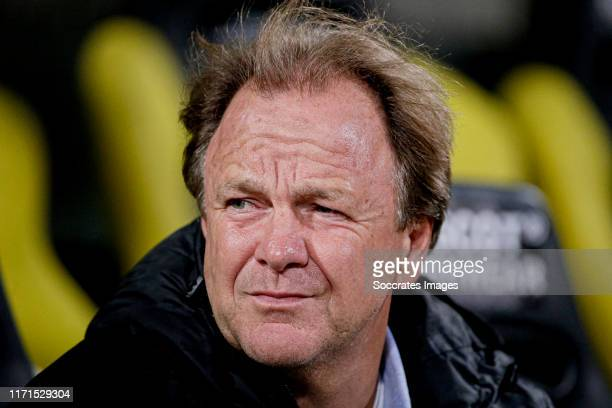 Coach Mike Snoei of De Graafschap during the Dutch Keuken Kampioen Divisie match between Roda JC v De Graafschap at the Parkstad Limburg Stadium on...