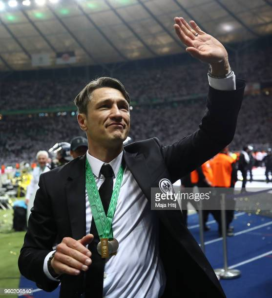 Coach Niko Kovac of Frankfurt waves to the supporters during the DFB Cup final between Bayern Muenchen and Eintracht Frankfurt at Olympiastadion on...