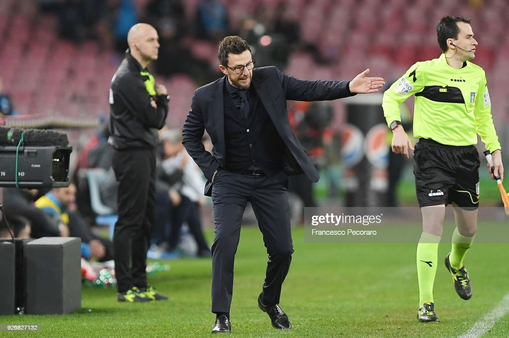Coach of AS Roma Eusebio Di Francesco gestures during the serie A match between SSC Napoli and AS Roma - Serie A at Stadio San Paolo on March 3, 2018 in Naples, Italy.