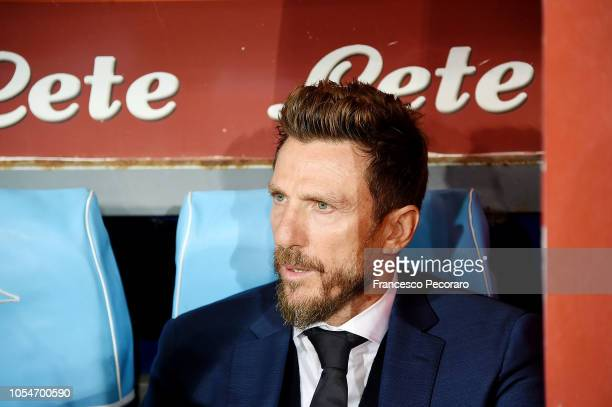 Coach of AS Roma Eusebio Di Francesco looks on before the Serie A match between SSC Napoli and AS Roma at Stadio San Paolo on October 28 2018 in...