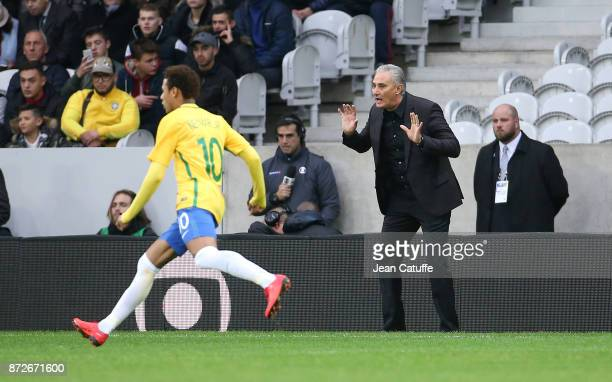 Coach of Brazil Adenor Leonardo Bacchi aka Tite Neymar Jr of Brazil during the international friendly match between Japan and Brazil at Stade Pierre...