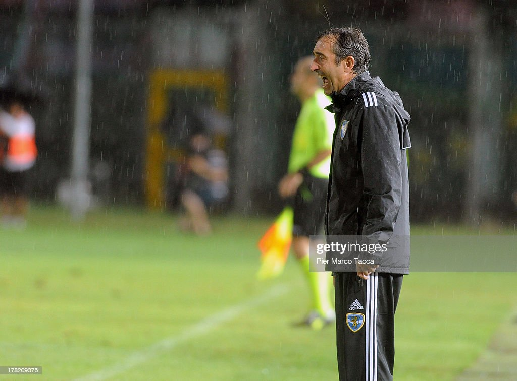 Coach of Brescia Marco Giampaolo shouts from the touch-line during the Serie B match between Brescia Calcio and Virtus Lanciano at Mario Rigamonti Stadium on August 24, 2013 in Brescia, Italy.