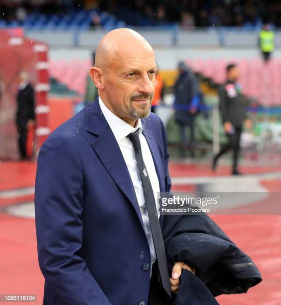 Coach of Chievo Verona Domenico Di Carlo looks on before the Serie A match between SSC Napoli and Chievo Verona at Stadio San Paolo on November 25...