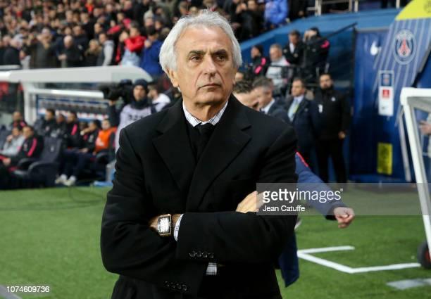 Coach of FC Nantes Vahid Halilhodzic during the french Ligue 1 match between Paris Saint-Germain and FC Nantes at Parc des Princes stadium on...