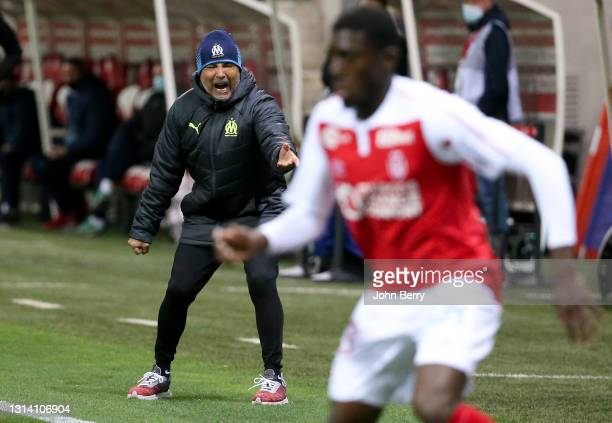 Coach of Olympique de Marseille Jorge Sampaoli during the Ligue 1 match between Stade Reims and Olympique de Marseille at Stade Auguste Delaune on...