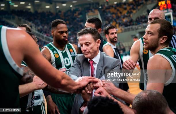 TOPSHOT US coach of Panathinaikos Rick Pitino gives instructions to his players during a Euroleague basketball match between Panathinaikos and...