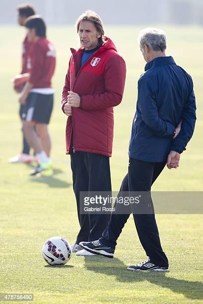 Coach of Peru Ricardo Gareca during a training session at Universidad de Chile Training Camp on June 27, 2015 in Santiago, Chile. Peru will face...