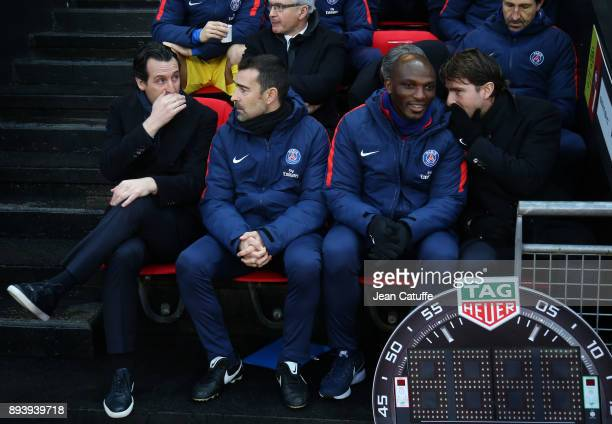 Coach of PSG Unai Emery assistant coaches of PSG Juan Carlos Carcedo and Zoumana Camara Maxwell Scherrer during the French Ligue 1 match between...