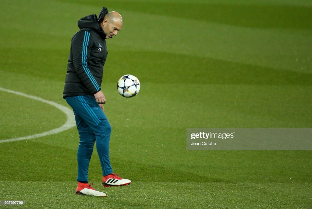 Coach of Real Madrid Zinedine Zidane during Real Madrid's training on the eve of UEFA Champions League match between Paris Saint Germain (PSG) and Real Madrid at Parc des Princes stadium on March 5, 2018 in Paris, .