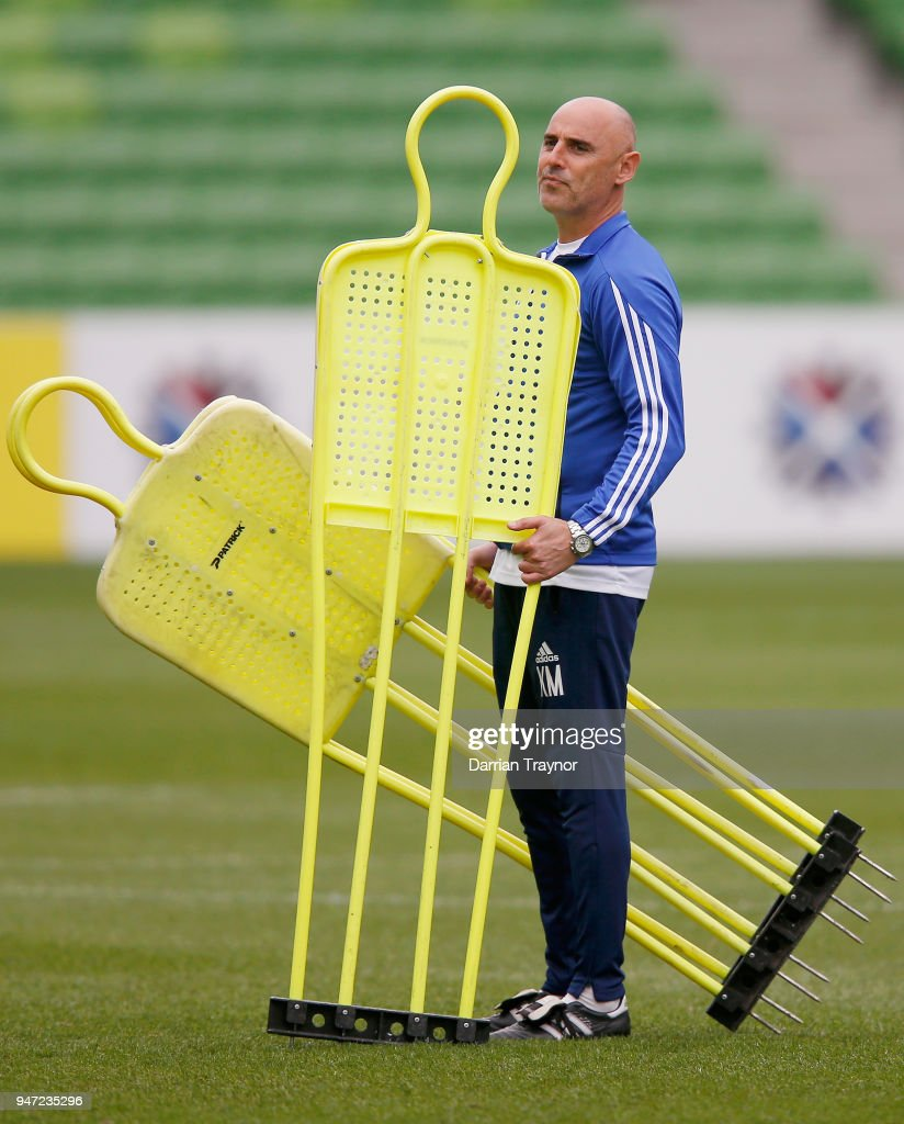 Coach of the Melbourne Victory Kevin Muscat sets up before a Melbourne Victory training session at AAMI Park on April 17, 2018 in Melbourne, Australia.
