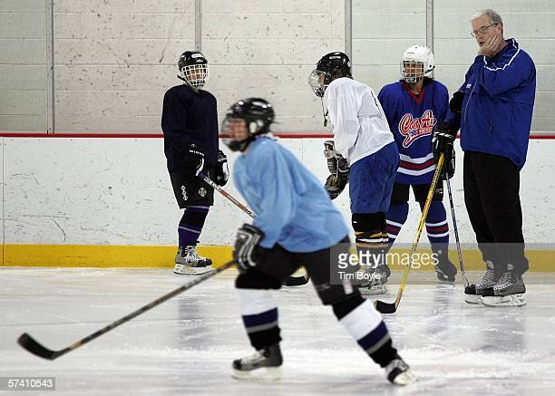16 Canadian Hockey Pro Shares His Expertise In The U S