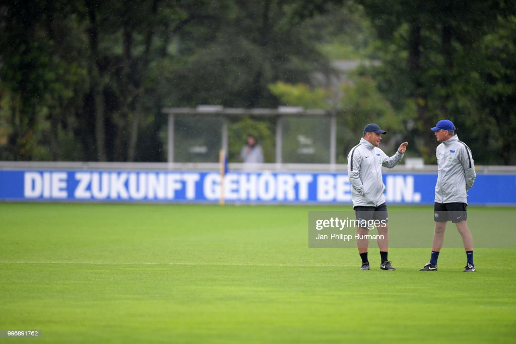 coach Pal Dardai and assistant coach Rainer Widmayer of Hertha BSC during the training at the Schenkendorfplatz on July 12, 2018 in Berlin, Germany.