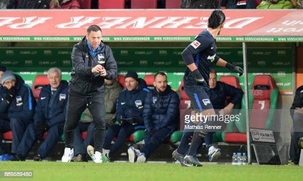 coach Pal Dardai and Karim Rekik of Hertha BSC during the game between dem FC Augsburg and Hertha BSC on december 10 2017 in Augsburg Germany