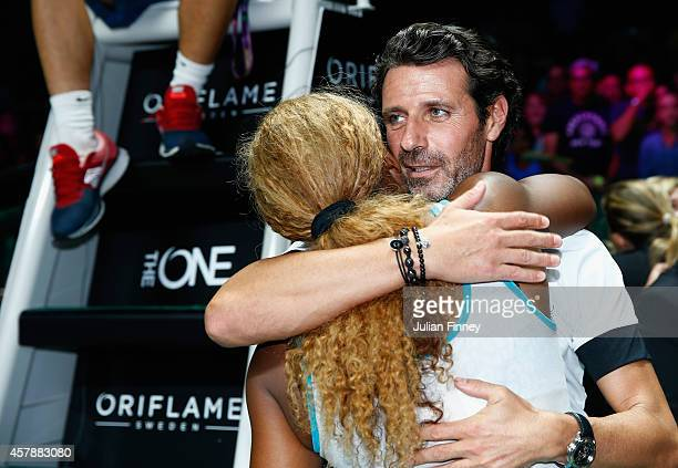 Coach Patrick Mouratoglou congratulates Serena Williams of USA after she defeats Simona Halep of Romania in the final during day seven of the BNP...