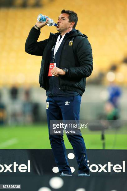 Coach Paul Okon of the Mariners takes a drink during the round eight ALeague match between the Wellington Phoenix and the Central Coast Mariners at...