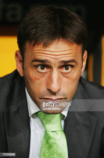 Coach Paulo Bento of Sporting Lisbon looks on during the UEFA Champions League Group B match between Bayern Munich and Sporting Lisbon at the Allianz...