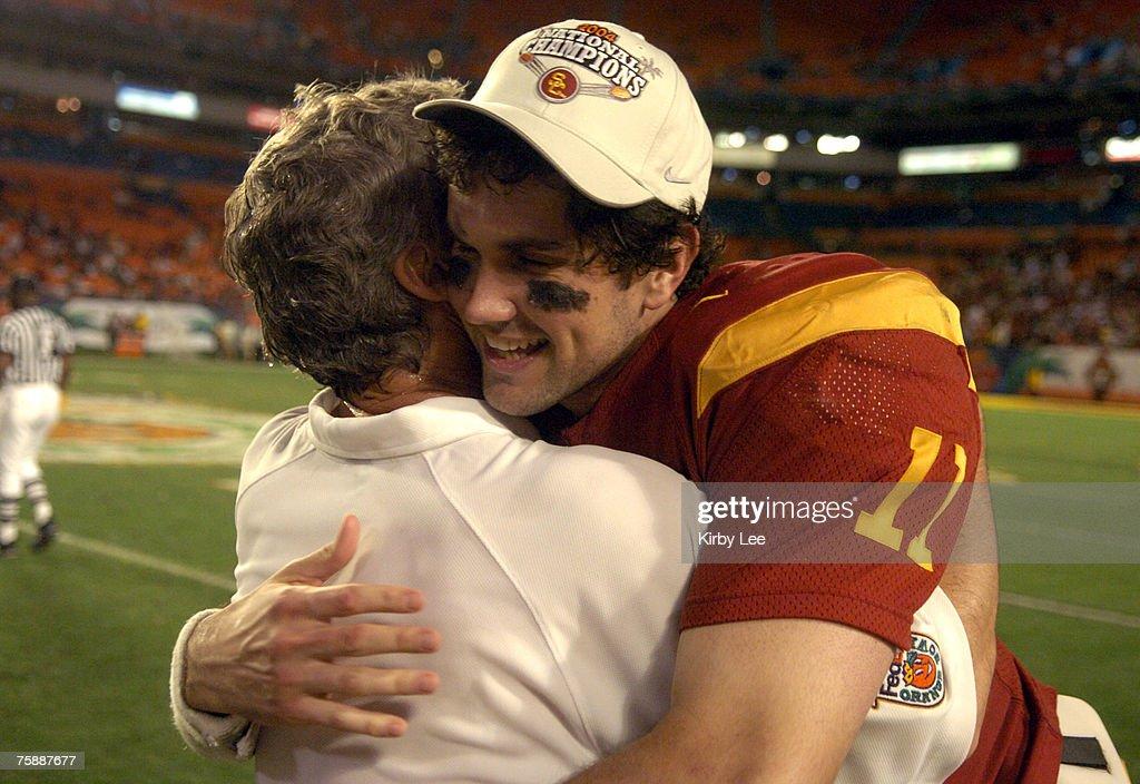 FedEx Orange Bowl - USC vs Oklahoma - January 4, 2005 : News Photo