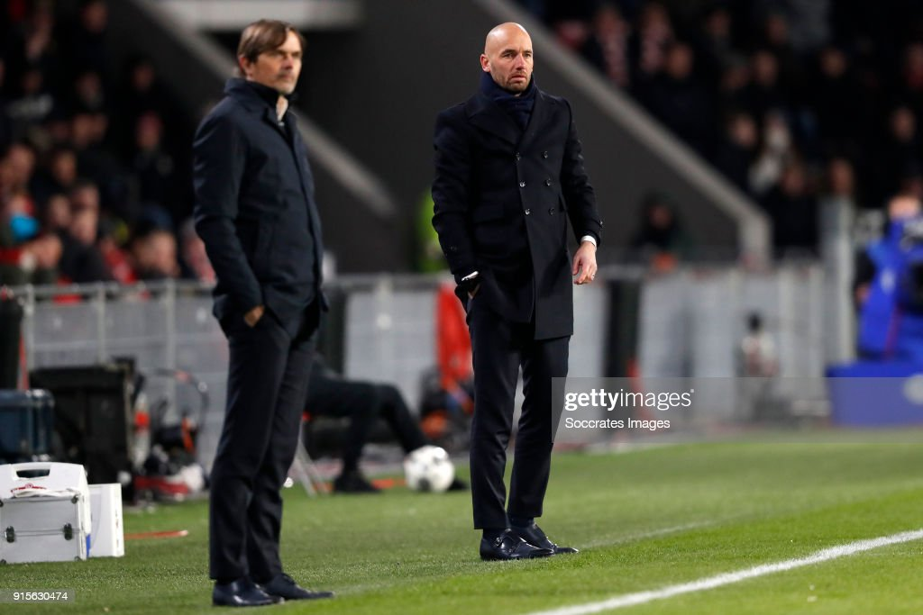 coach Phillip Cocu of PSV, coach Mitchell van der Gaag of Excelsior during the Dutch Eredivisie match between PSV v Excelsior at the Philips Stadium on February 7, 2018 in Eindhoven Netherlands
