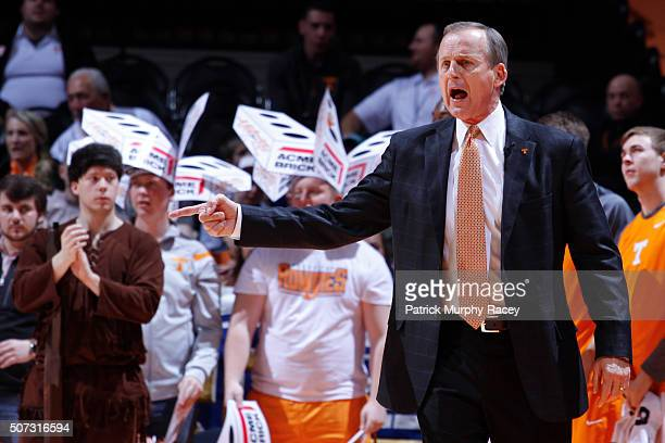 Coach Rick Barnes of the of the Tennessee Volunteers shouts downcourt against the South Carolina Gamecocks in a game at ThompsonBoling Arena on...
